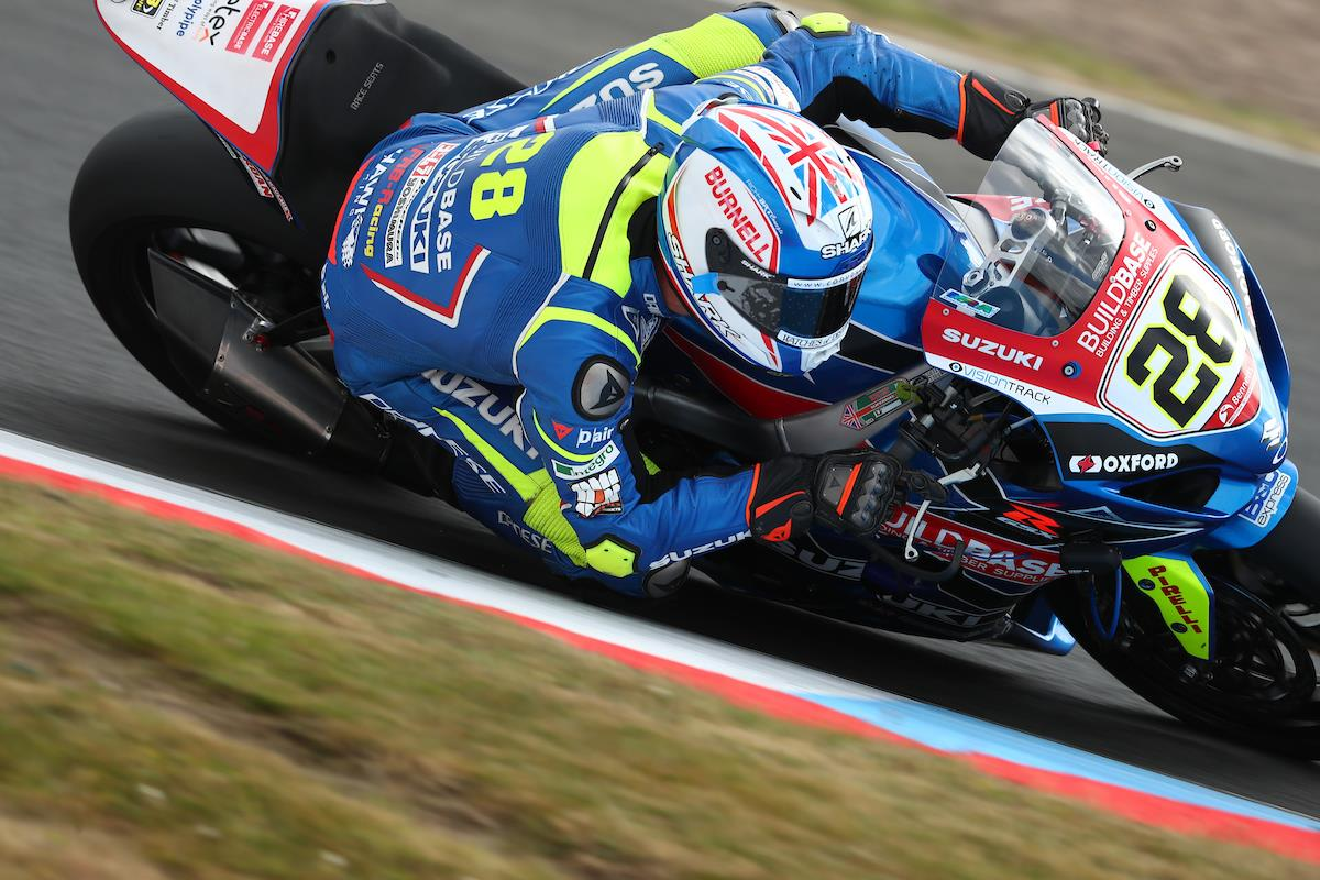 Bennetts Motorbike Insurance >> BSB: Showdown battle to intensify at Cadwell Park