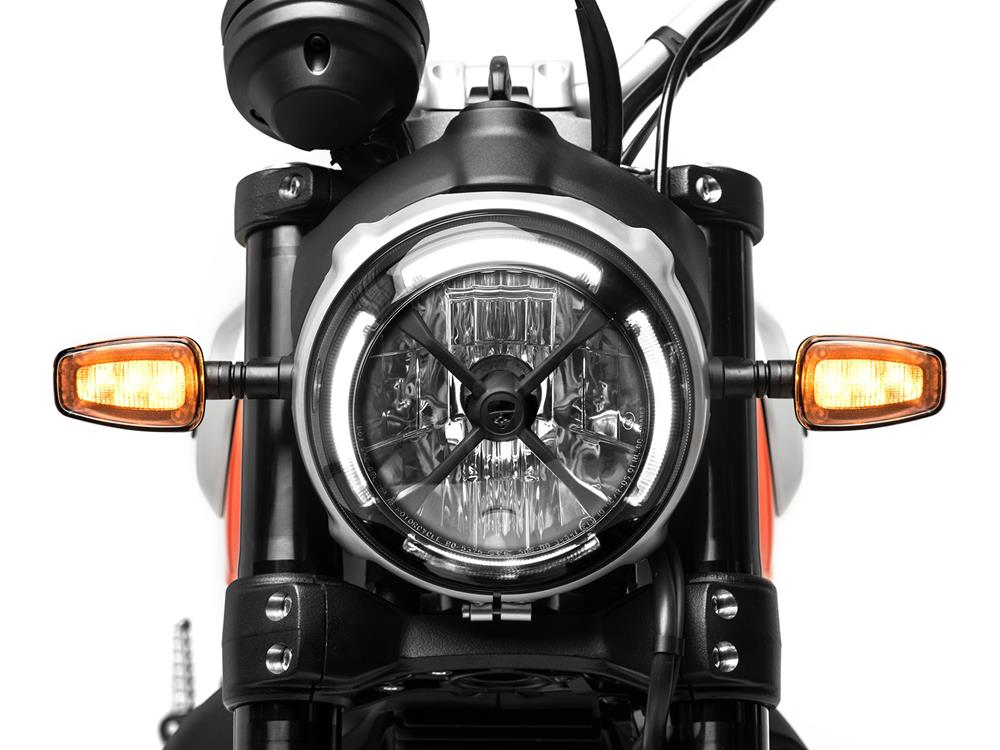 Ducati Scrambler 800 Icon headlight