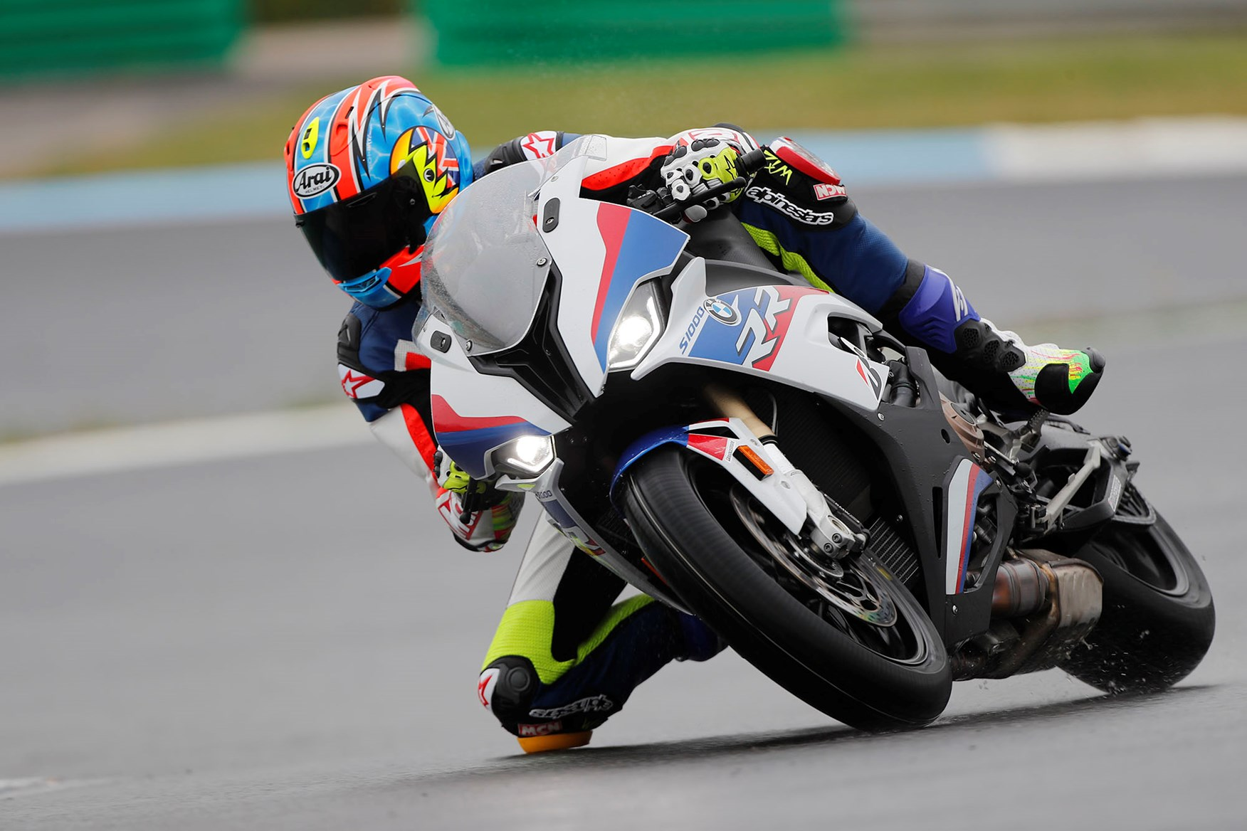 2019 BMW S1000RR: the story
