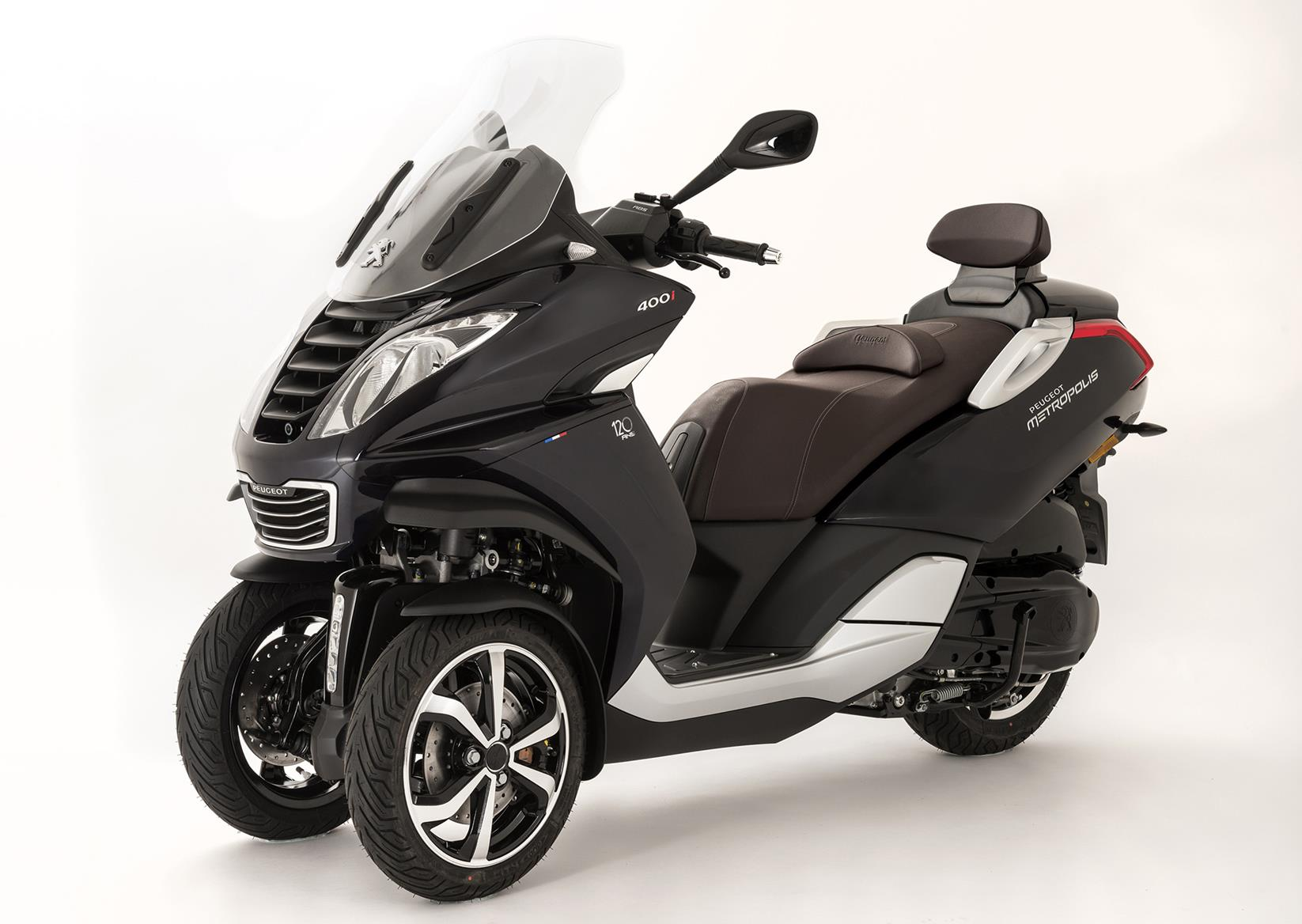 peugeot announce scooter with dash cams as standard. Black Bedroom Furniture Sets. Home Design Ideas