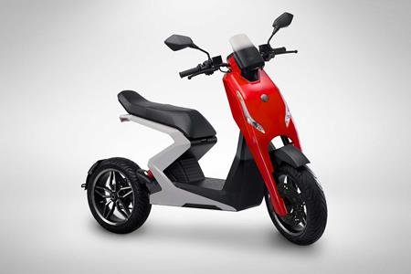 New British Electric Maxi Scooter Revealed