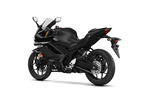 New Yamaha Yzf R3 Brings Motogp Aggression To The A2 Class