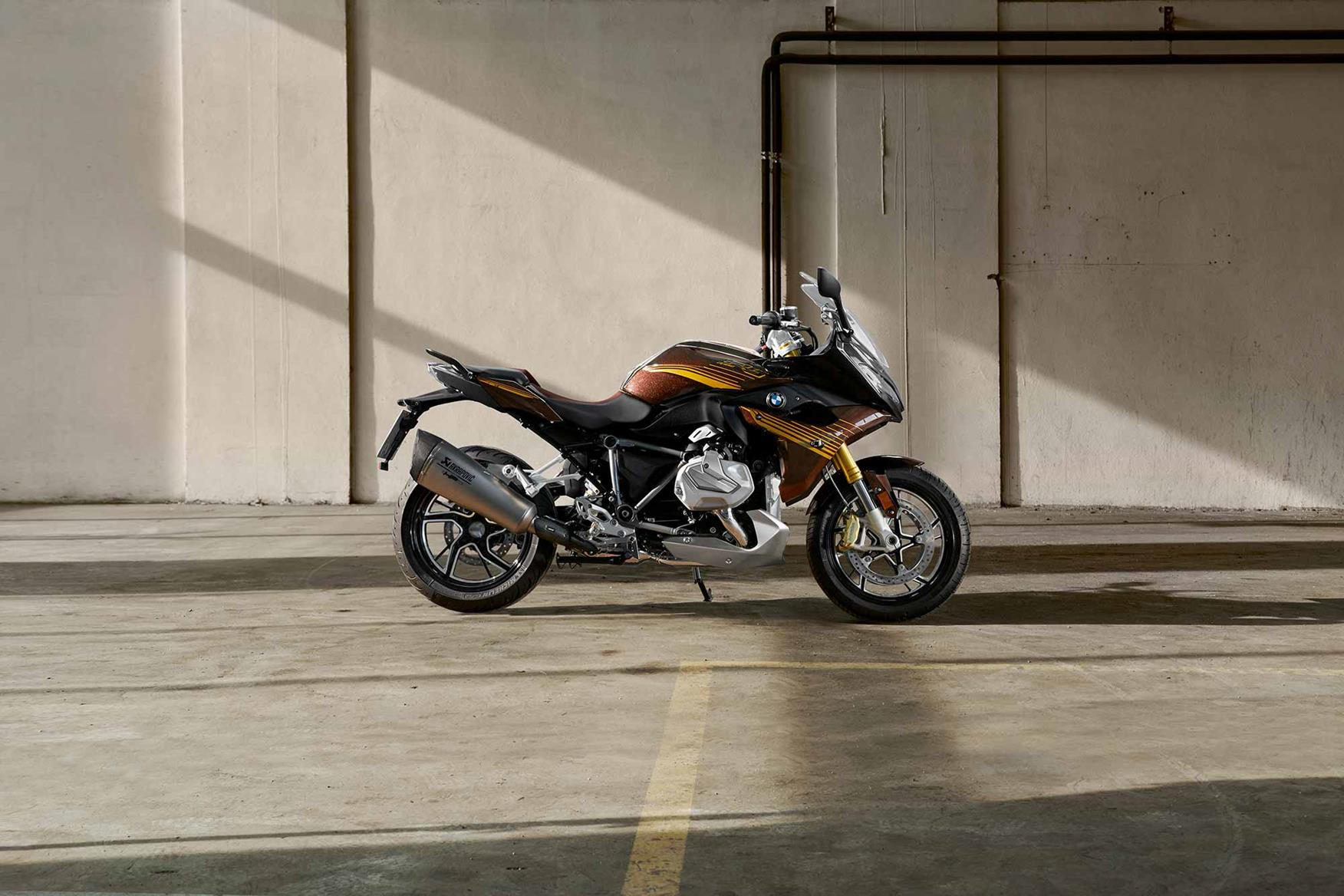 Eicma 2018 Bmw Reveal New R1250r And Rs