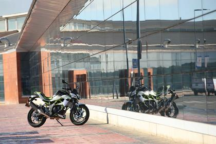 Mirrored: The 2019 Kawasaki Z125