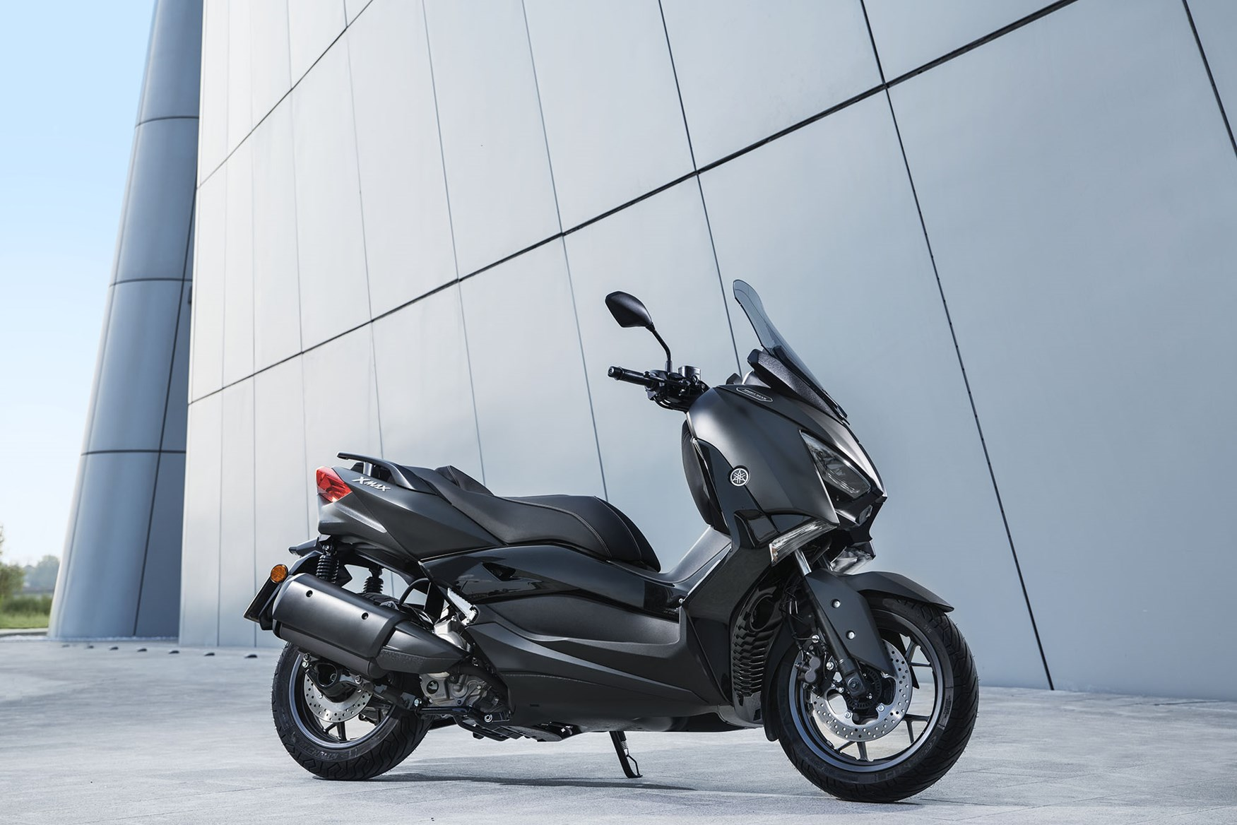 Yamaha release premium XMAX Iron Max scooter