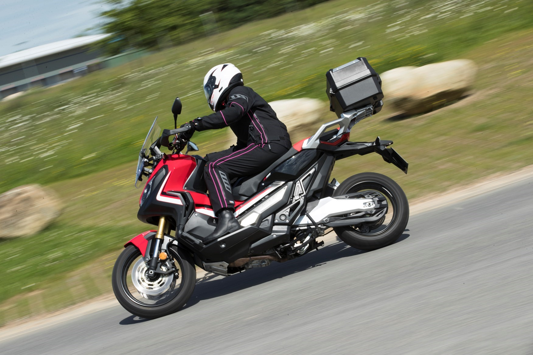 Honda X-ADV 150 Unveiled - Time for Small Adventure Scoots