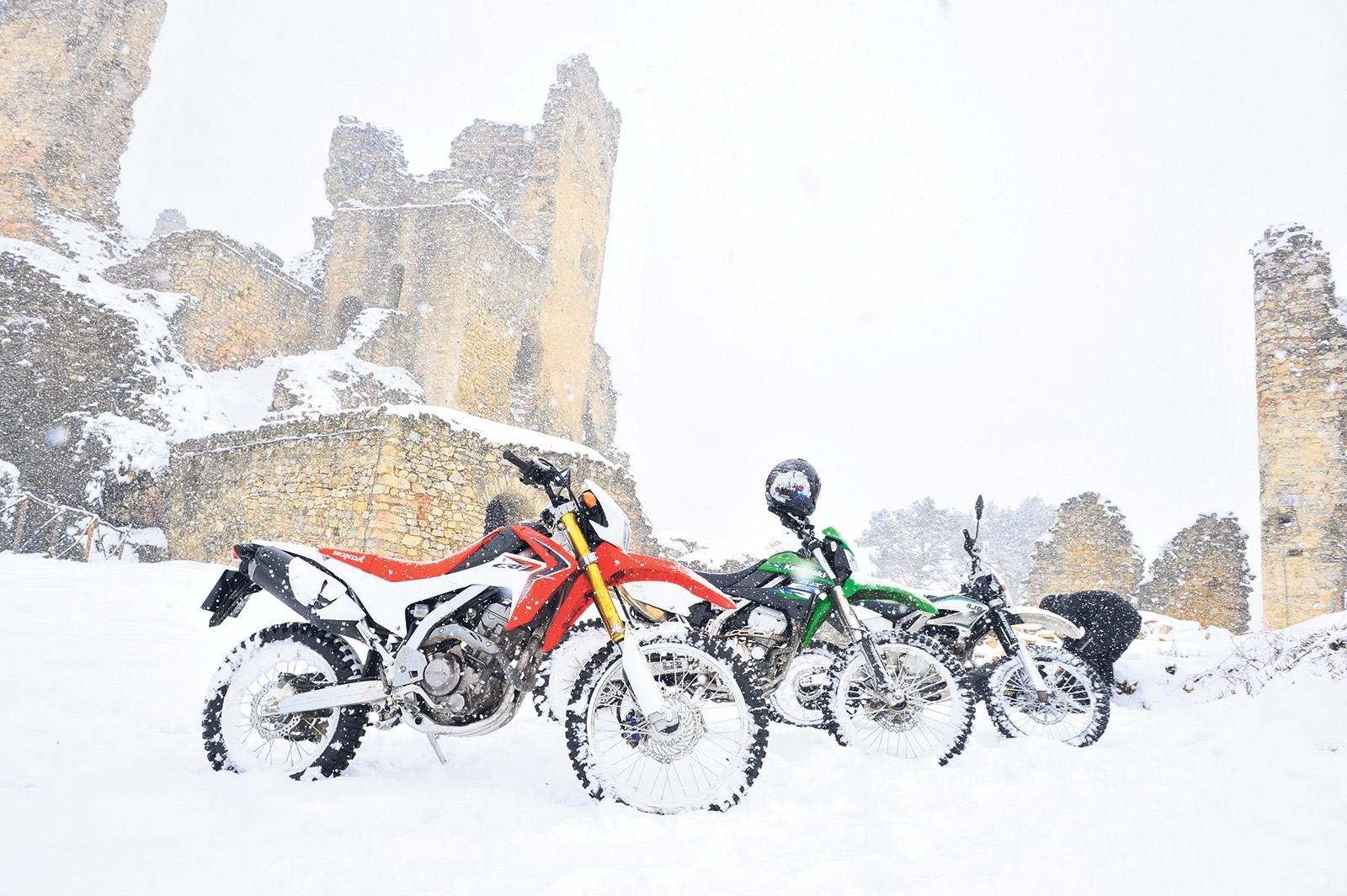 7e26cde762e How to ride a motorbike in the snow