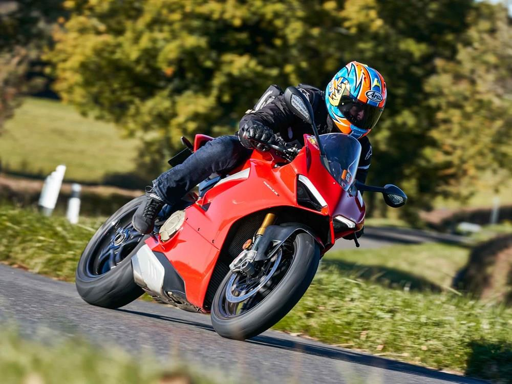 323bbc1b34 5 ways to own a Ducati Panigale