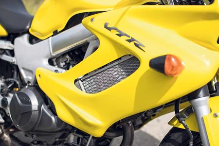 Honda VTR1000 Firestorm used guide