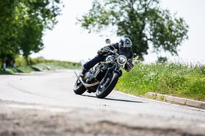 Brough Superior SS100 turning left