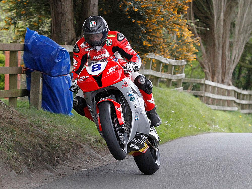 Guy Martin to race at 2019 Cookstown 100