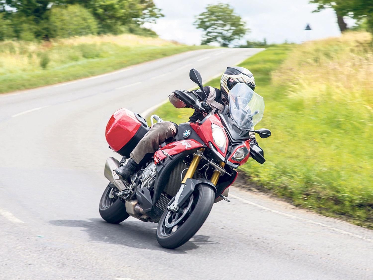 Cornering a motorbike with confidence