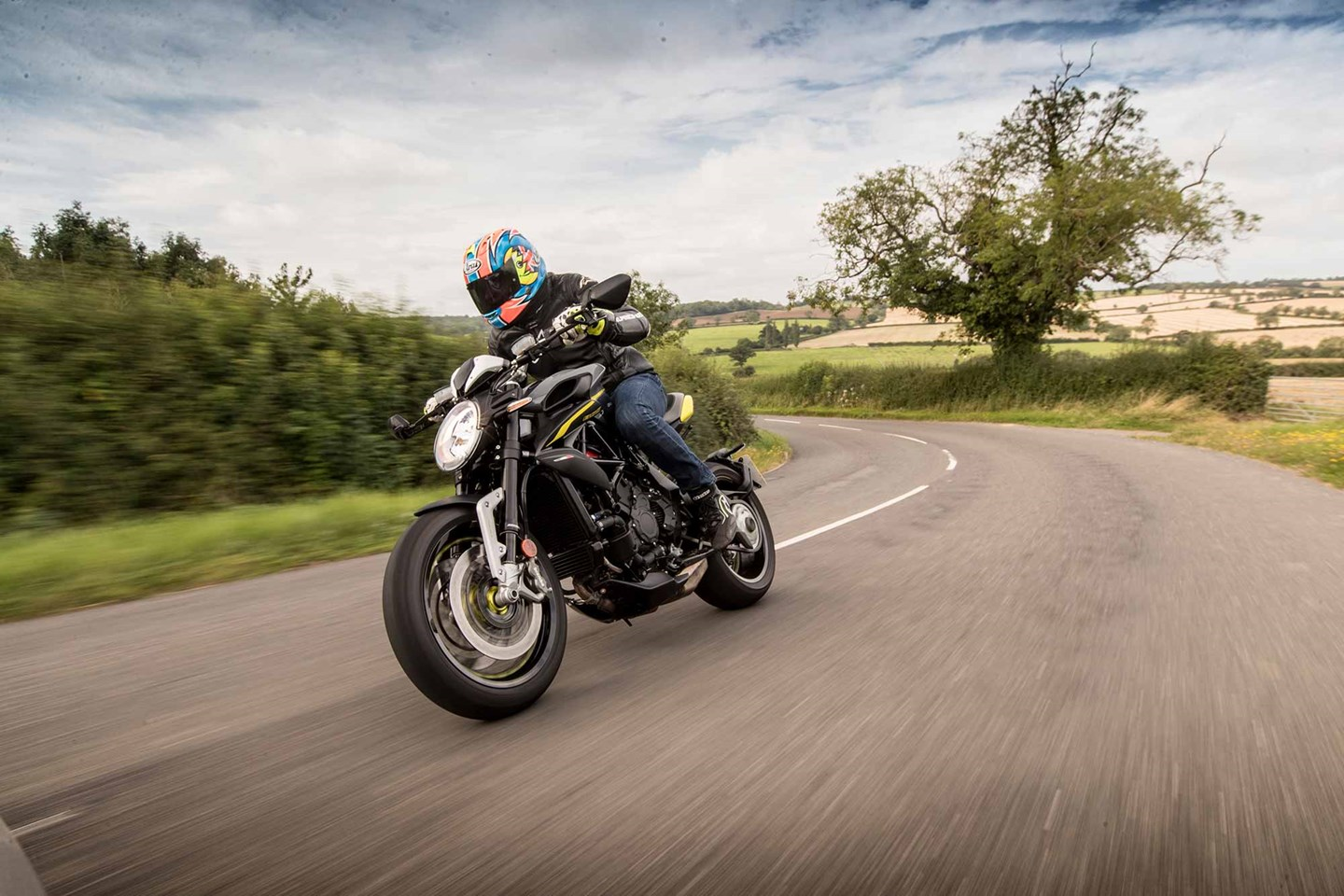 Mv Agusta Dragster 800 Rr 2018 On Review Mcn