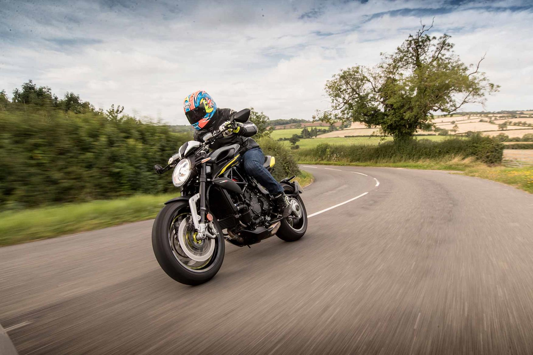 MV-AGUSTA DRAGSTER 800 RR (2019-on) Review