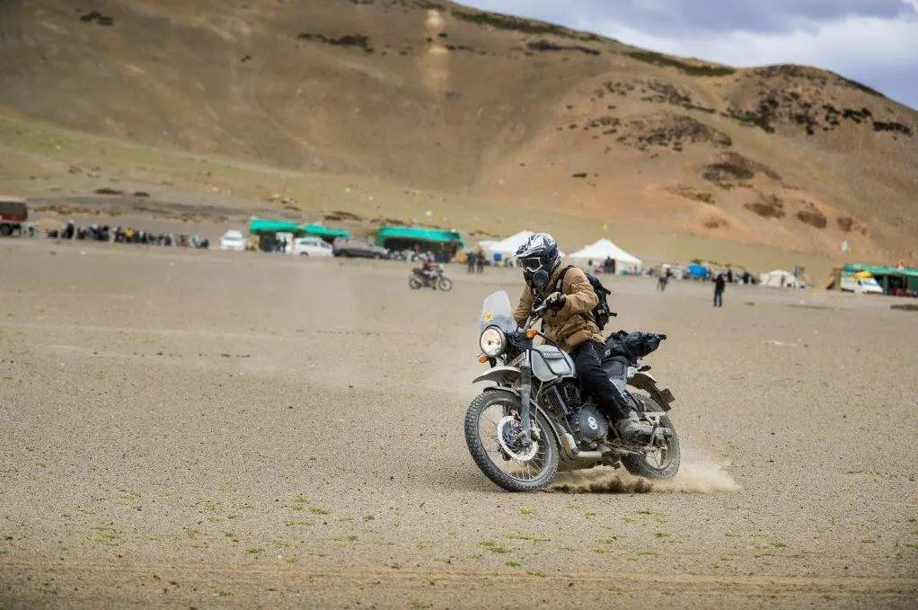 The ultimate motorcycling high. Riding the Himalayas