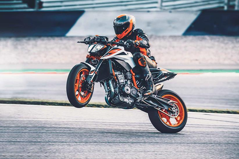 Pulling a wheelie on the KTM 890 Duke R