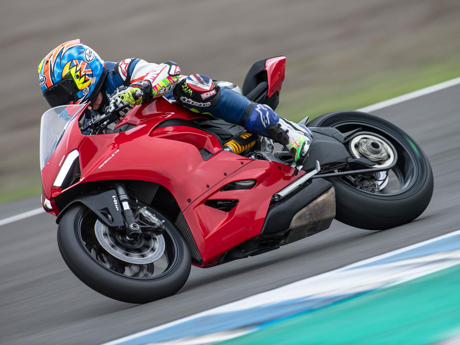 DUCATI PANIGALE V2 (2020-on) Review