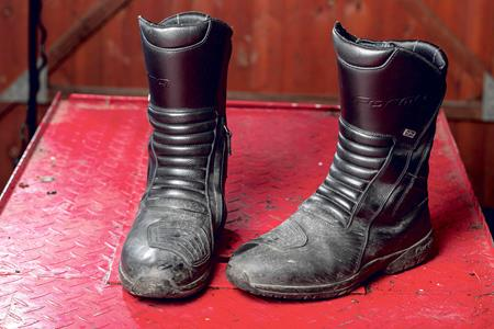 The best motorcycling boots to keep your feet warm this winter