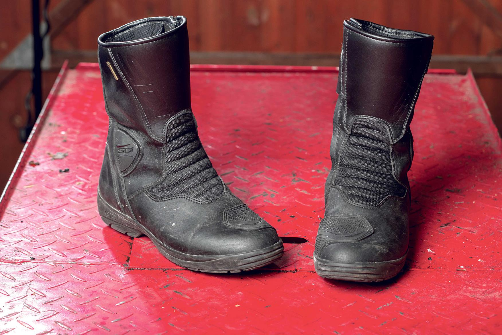 The Best Motorcycling Boots To Keep Your Feet Warm This Winter Mcn