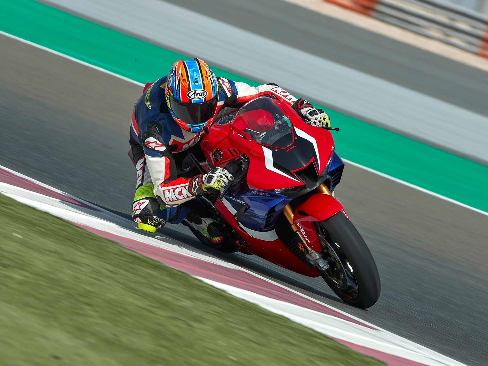 HONDA CBR1000RR-R FIREBLADE SP (2020-on) Review