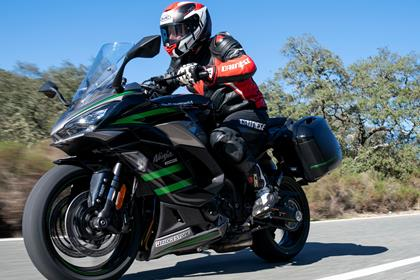 Kawasaki Ninja 1000SX on the road