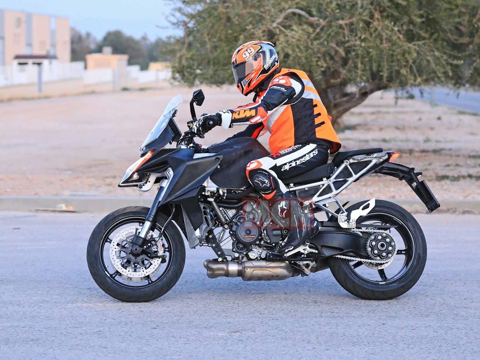 Yamaha MT-07 for hire from RoadTrip