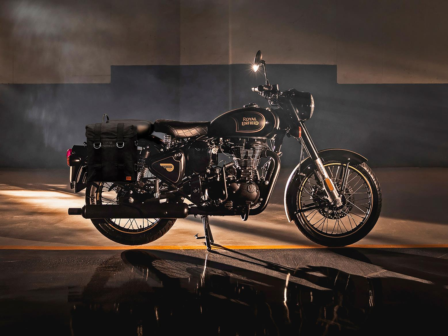 Royal Enfield Tribute Black Limited Edition Marks End Of 500cc Engine Mcn
