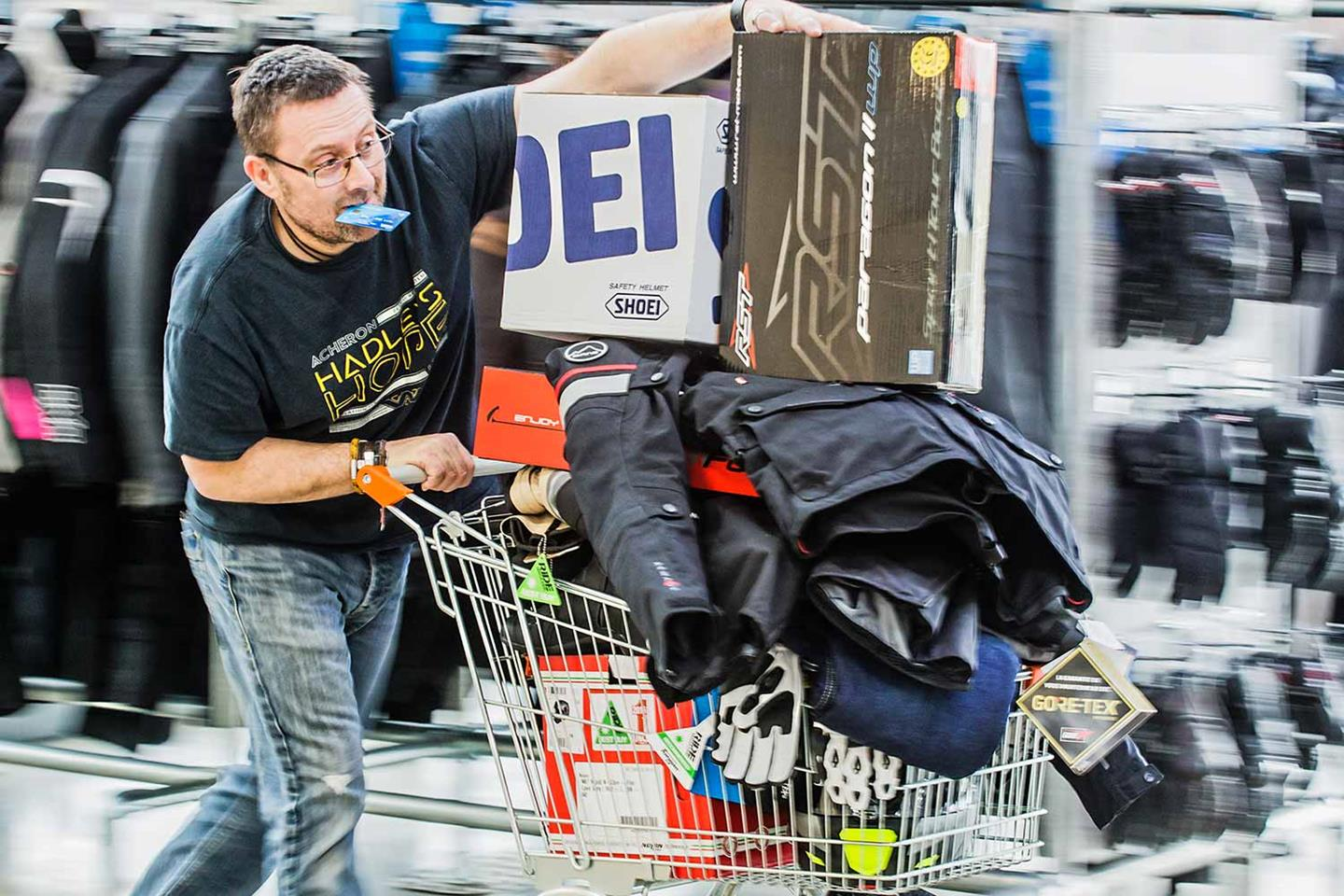 Brexit Bargains Online Shoppers Could Be Stung With Hidden Charges When Buying From Eu Mcn