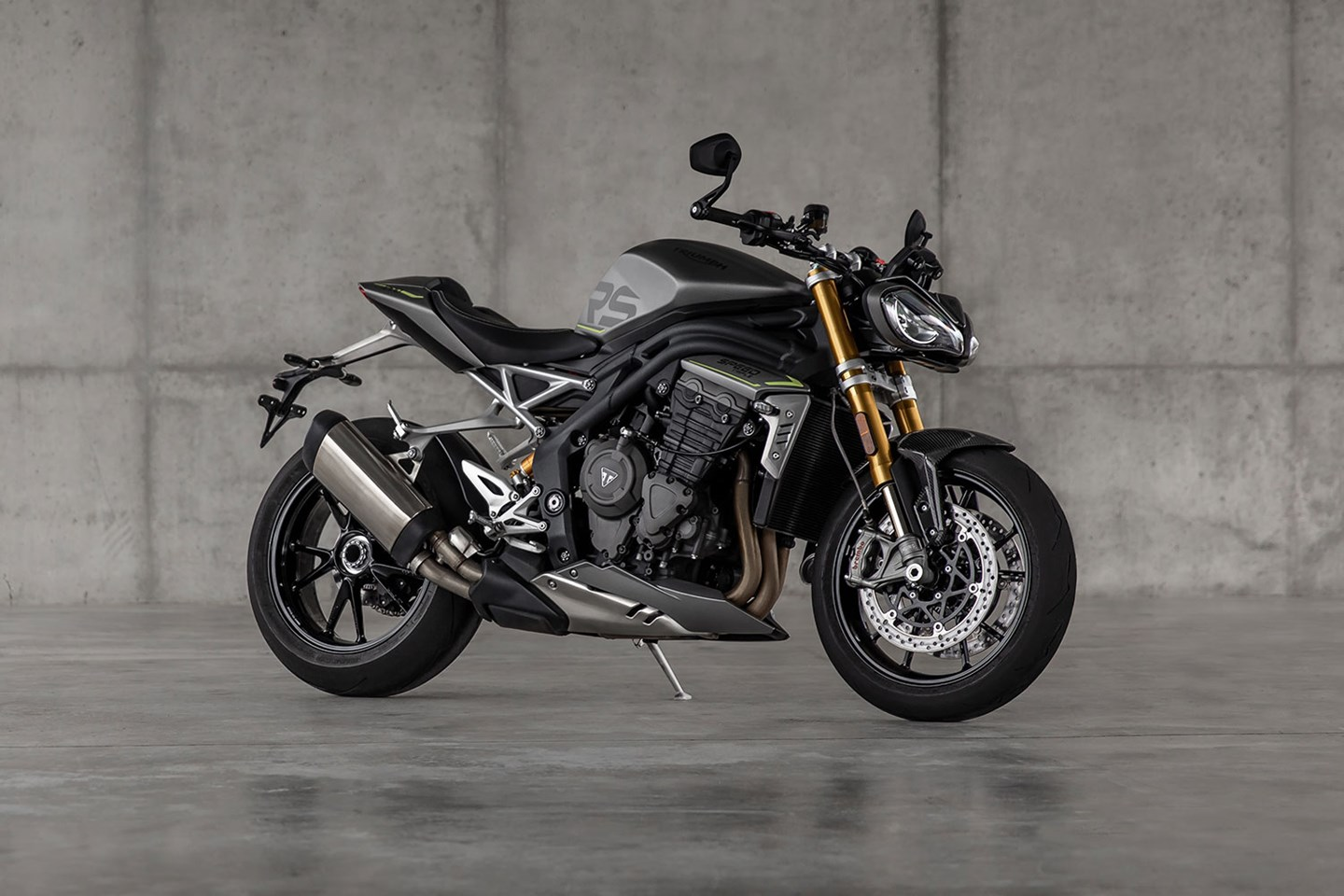 New 2021 Triumph Speed Triple 1200 RS full reveal and