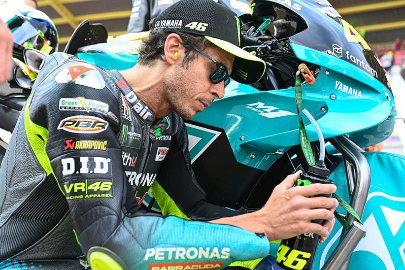 [Imagem: Valentino-Rossi-Retire.jpg]