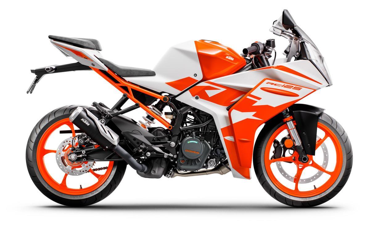 Fresh-faced KTM RC125 offers MotoGP thrills to budding biking teens - Motorcycle News