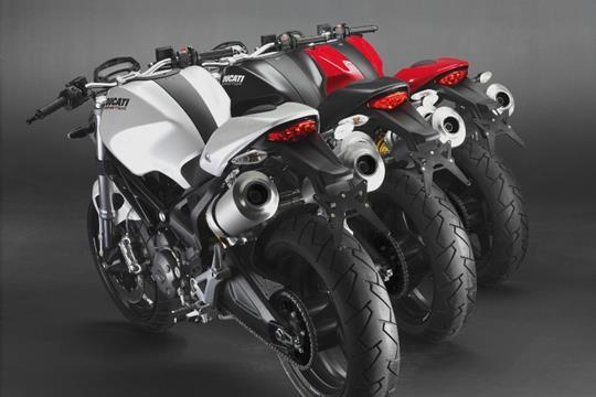 3 colour options for Ducati 696 - traditional red, white or black