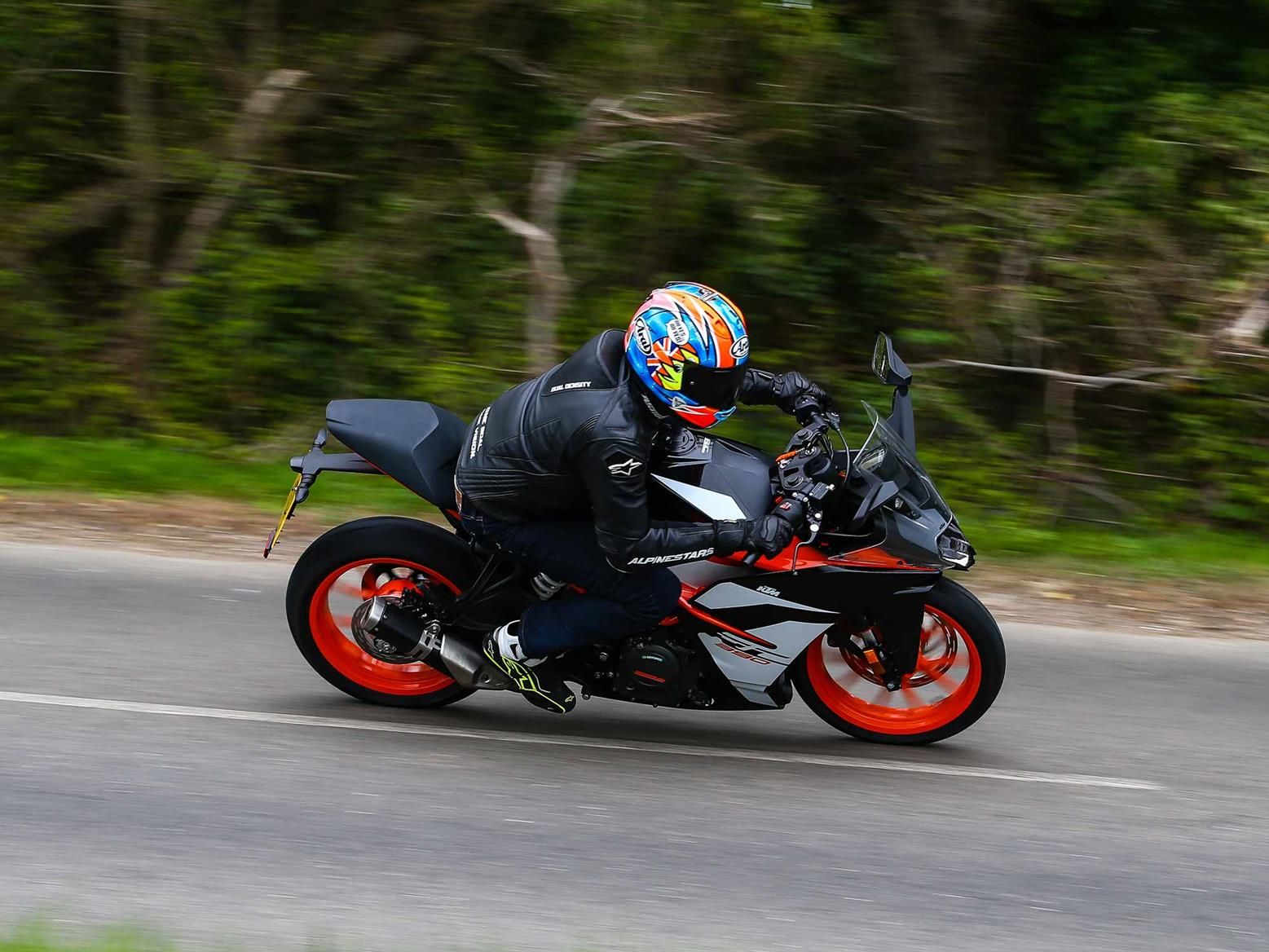 Riding the KTM RC390 on the road