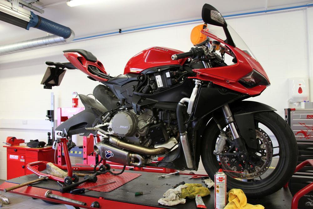 Ducati Forums  Panigale  Heat Under Seat