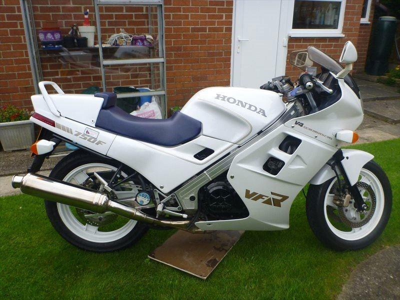 Bike Of The Day Original 1986 Honda Vfr750 Mcn