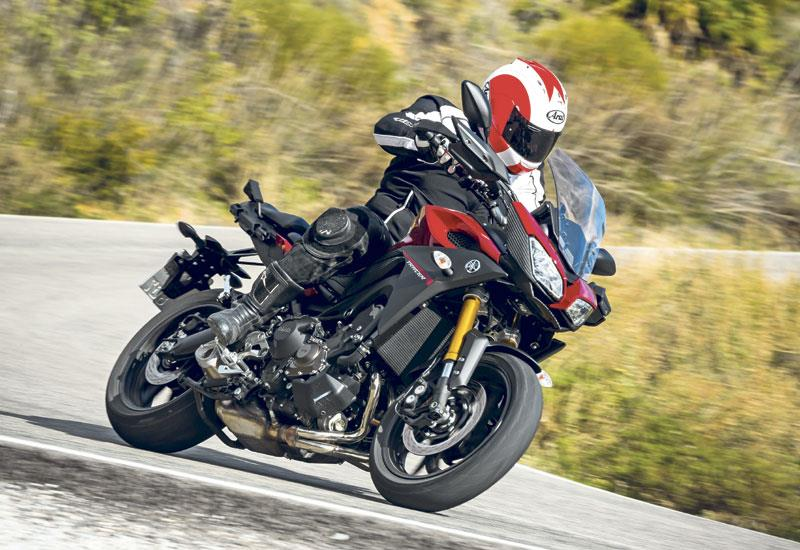 Yamaha Mt 09 Tracer 2015 2018 Review Specs Prices Mcn