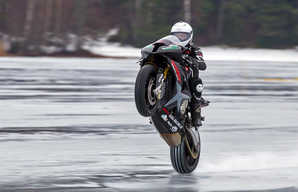128mph ice wheelie sets record | MCN