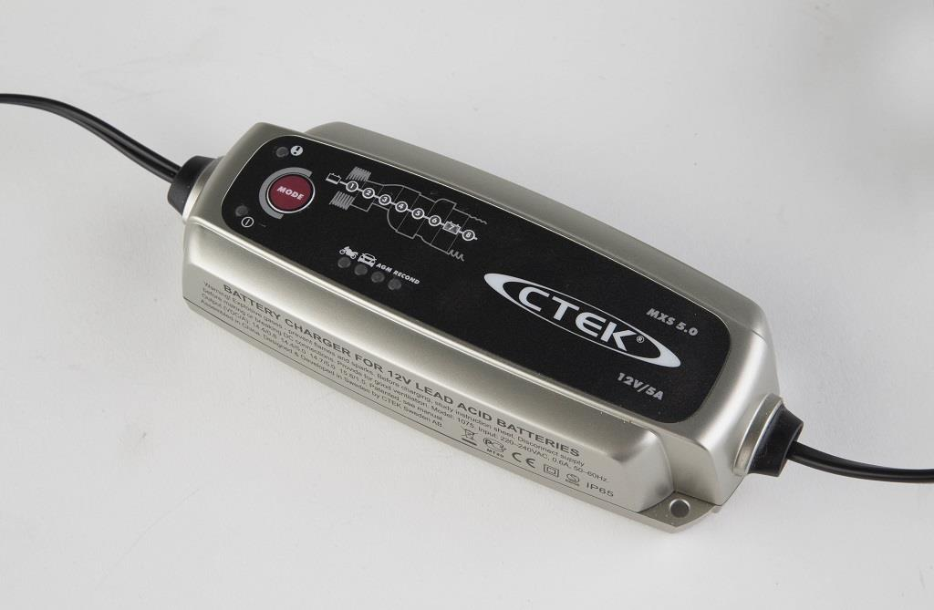 product review ctek mxs 5 0 battery charger mcn. Black Bedroom Furniture Sets. Home Design Ideas