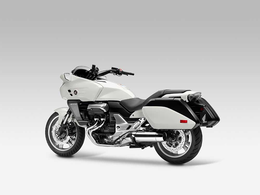 Best Tire Prices >> HONDA CTX1300 (2014-on) Review | Speed, Specs & Prices | MCN