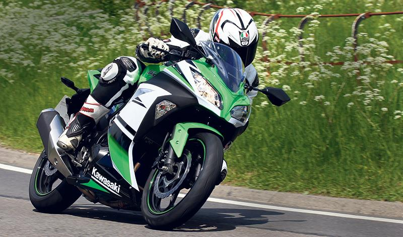 Our Ninja Test Bike Is In Kawasakis 30th Anniversary Colour Scheme 5049 And Has Smart Touches Such As Faired Indicators But The Dash Lacking