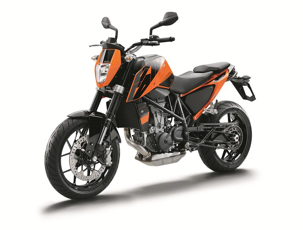 ktm 690 duke 2016 on review mcn. Black Bedroom Furniture Sets. Home Design Ideas