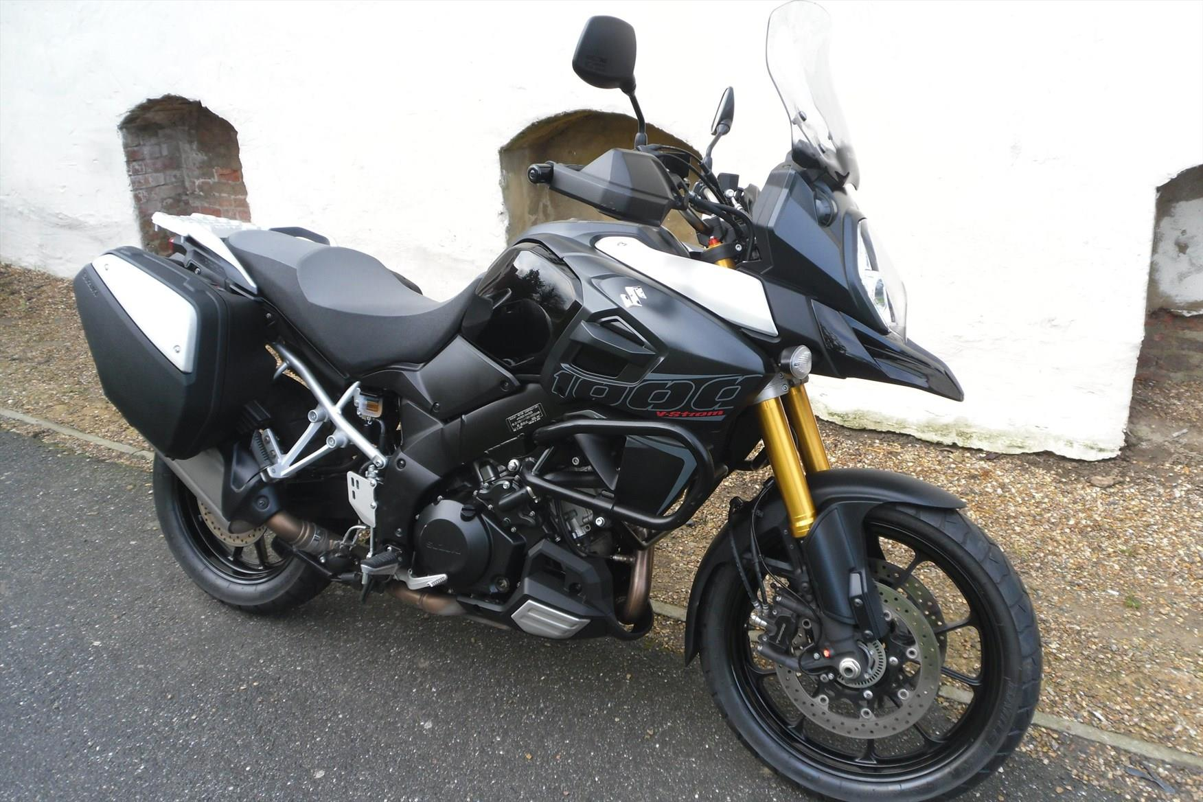 bike of the day suzuki v strom 1000 mcn. Black Bedroom Furniture Sets. Home Design Ideas
