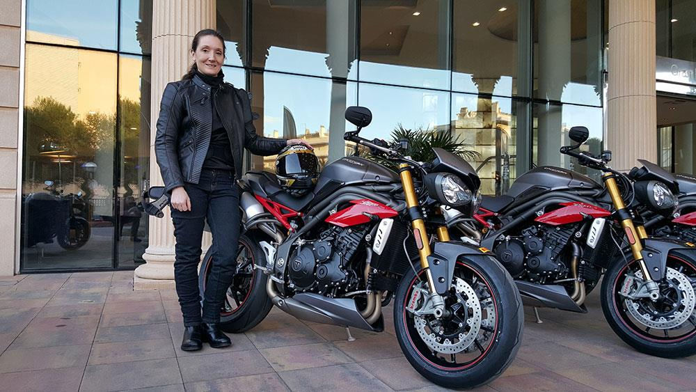 triumph speed triple 1050 r (2016-on) review | mcn
