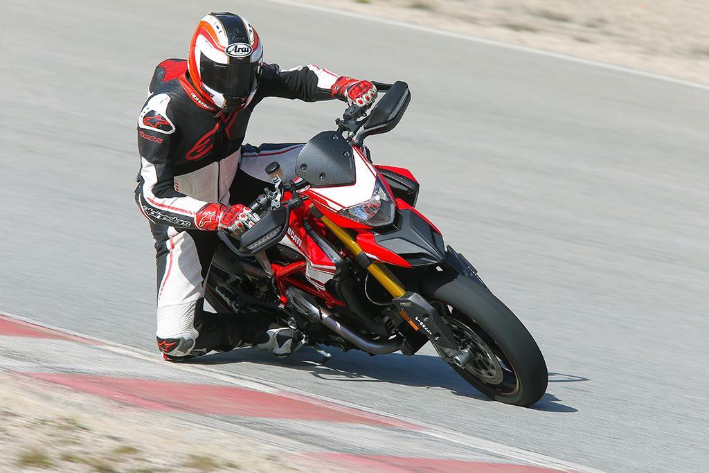 Ducati Hypermotard 939 2016 On