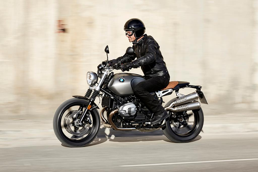 bmw r nine t scrambler 2016 on review specs prices mcn. Black Bedroom Furniture Sets. Home Design Ideas