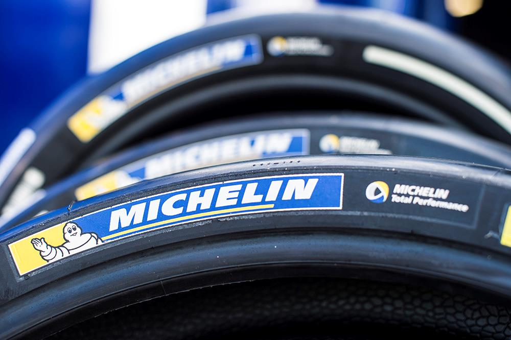 motogp michelin tyres go wireless for 2017 mcn. Black Bedroom Furniture Sets. Home Design Ideas