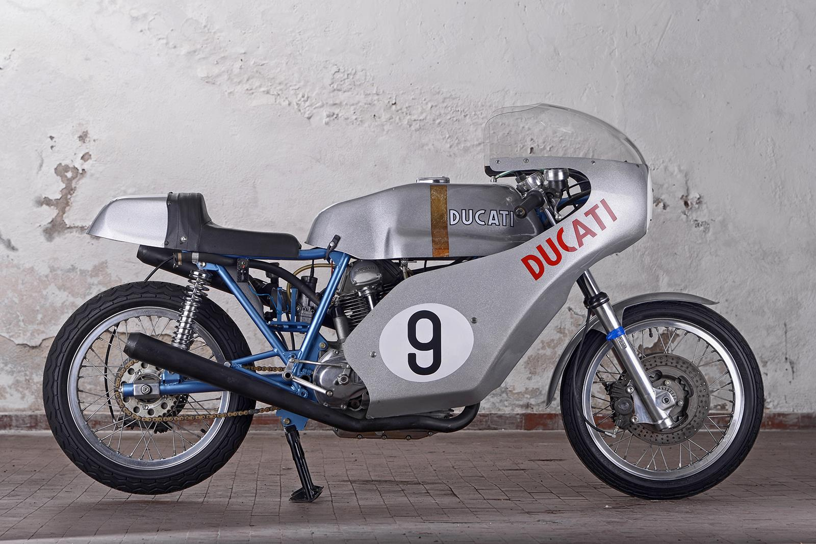 three beautiful ducati 750s up for auction mcn. Black Bedroom Furniture Sets. Home Design Ideas