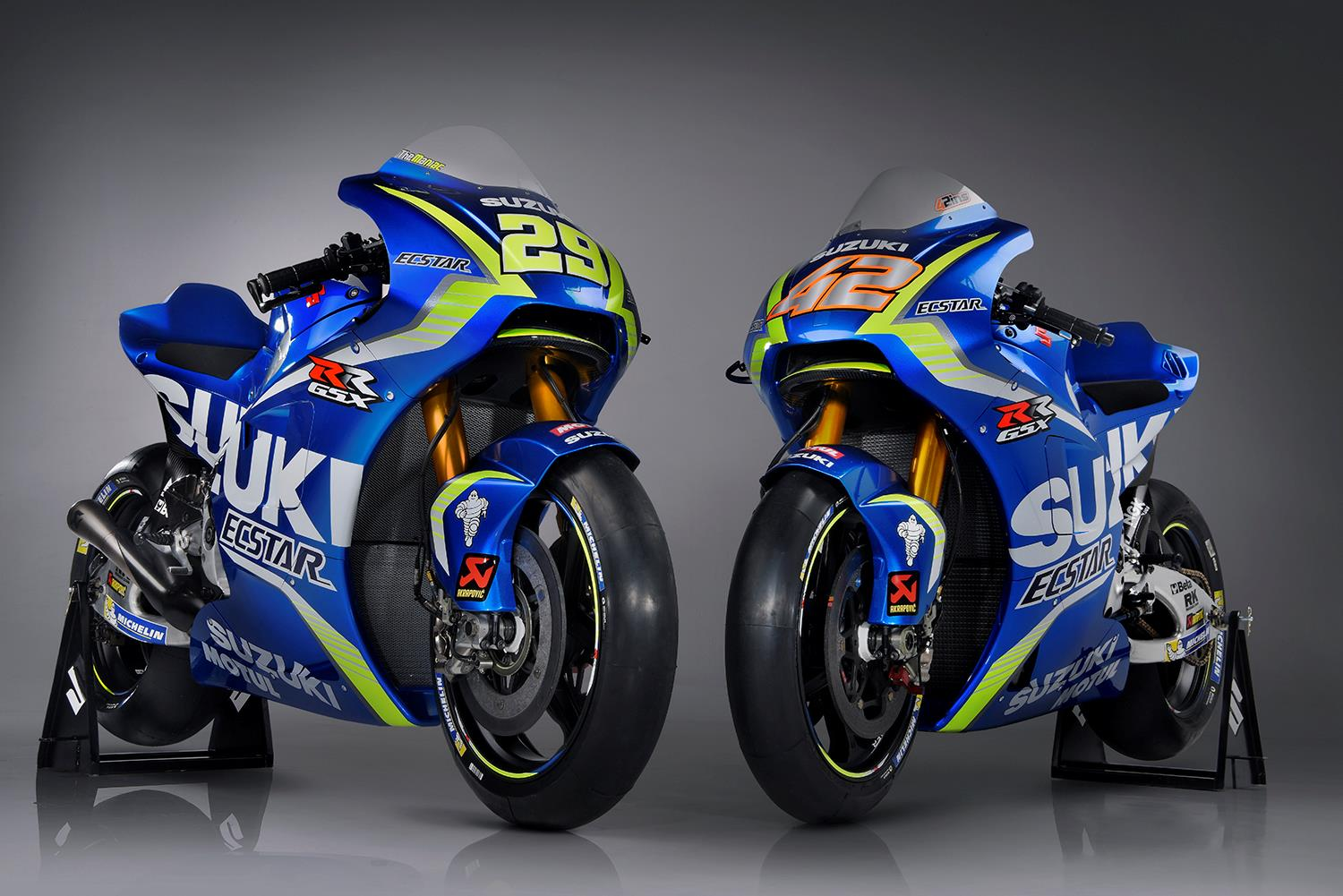 motogp suzuki uncover 2017 machine ahead of sepang test mcn. Black Bedroom Furniture Sets. Home Design Ideas