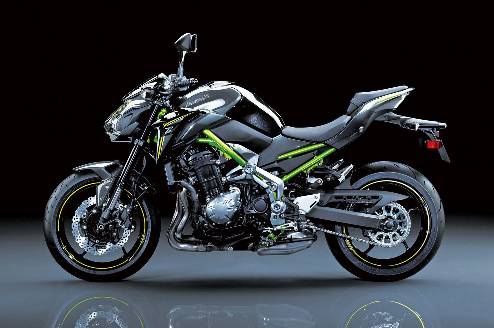 kawasaki z900 first ride incoming mcn. Black Bedroom Furniture Sets. Home Design Ideas