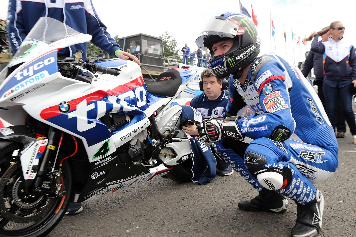 Bennetts Motorbike Insurance >> Roads: Tyco BMW to make switch from Metzeler to Dunlop